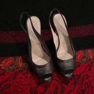 Elie Tahari peekaboo slingback heels